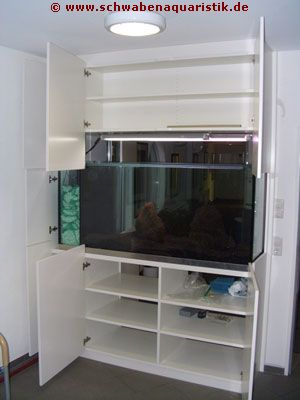 aquarium trennwand mit funktionalem schrank. Black Bedroom Furniture Sets. Home Design Ideas